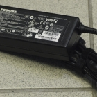 Notebook adapter - Toshiba 19v 4.74A gyári adapter
